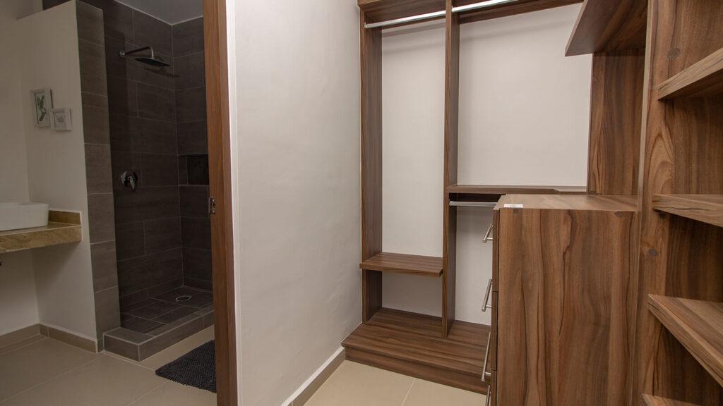interior-closet
